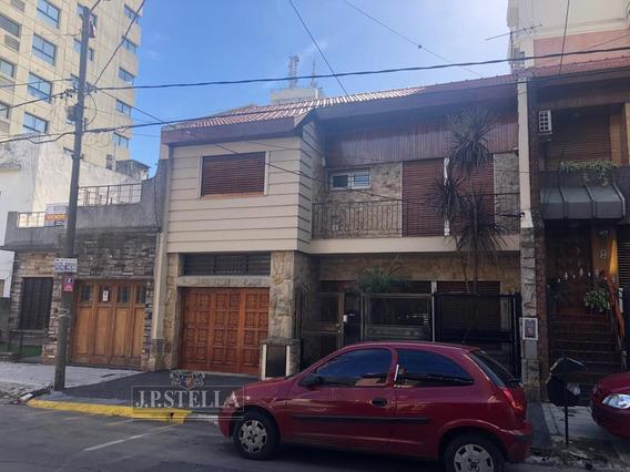 Casa 5 Amb C/ Garage 240 M² Cub. - Ideal Desarrollo Comercial Y/o Vivienda - Ramos Mejia