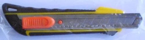 Cortante Ancho Punta Metal Mango Goma Sx723