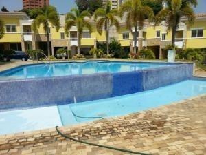 Alquiler Casa Vip Con Vista Panoramica En Maracaibo