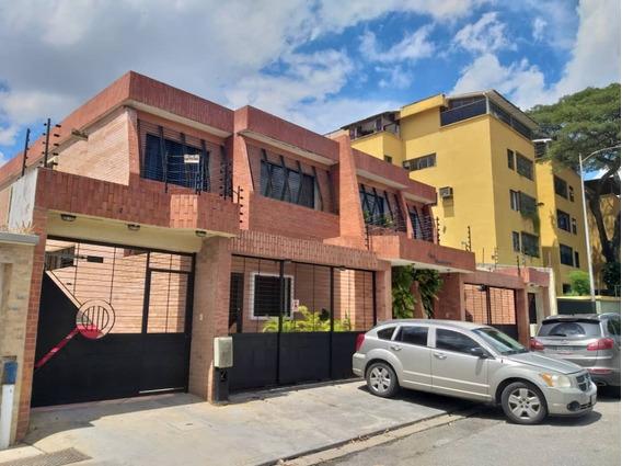 Townhouses En La Urbanización Prebo. Wc