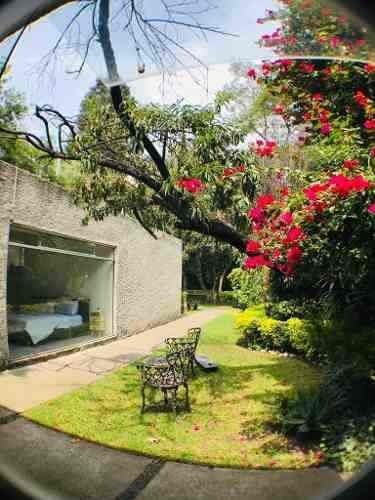 Casa Con Jardín En Venta En Francia, Florida!
