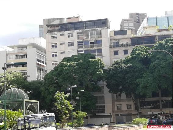 Apartamento En Venta Altamira Código 20-12526 Bh