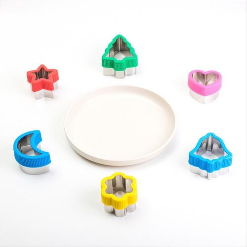 Imagem 1 de 6 de Kit 1 Com Pratinho + 6 Cortadores Divertidos - Gourmet Jr.