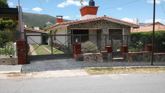 Alquilo Casa En La Falda Con Pileta