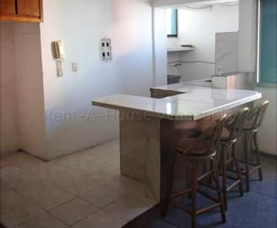 Apartamento En Venta Barquisimeto 20-7675 Rwh 04145450819