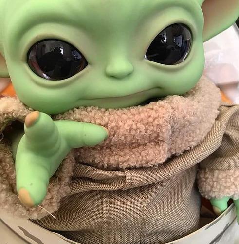 Baby Yoda Star Wars -the Mandalorian The Child Mattel