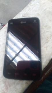 Celular LG Tri-chip E-470 Com Defeito Tira Peça