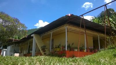 Se Vende Finca Cafetera Con 3 Casas, Santuario Risaralda