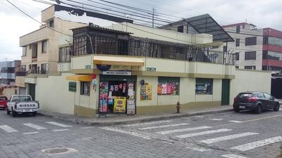Casa De Dos Departamentos Con Local Comercial (el Inca)