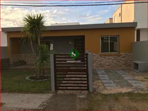 Centro De Maldonado, 3 Dormitorios, Baño, Buen Barrio. - Ref: 167904