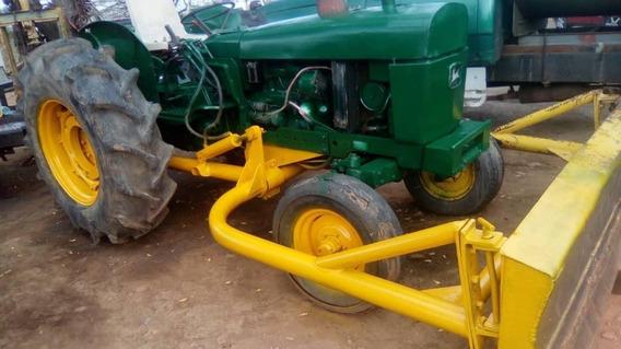 Vendo John Deere 2130 Agrícola Repotenciado
