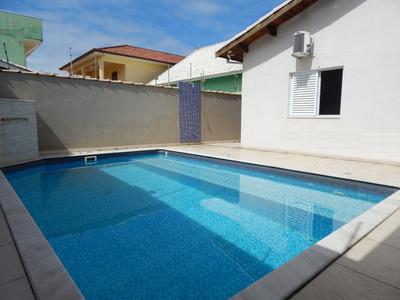Casa Com Piscina À Venda No Jardim Beira Mar Em Peruíbe.