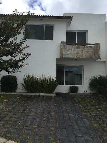 Casa En Renta En El Mirador, En Privada