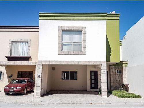 Casa En Venta En Cerrada Ibero En Torreon