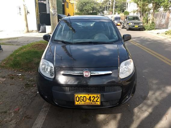 Fiat Palio Attractive 2013, 61000 Kilómetros, Color Negro