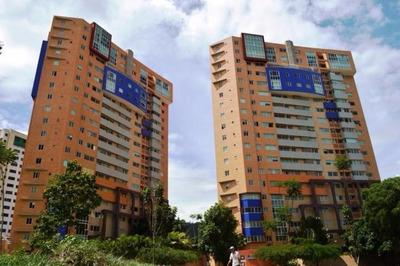 Se Vende Espectacular Apartamento Con Todo En La Trigaleña.