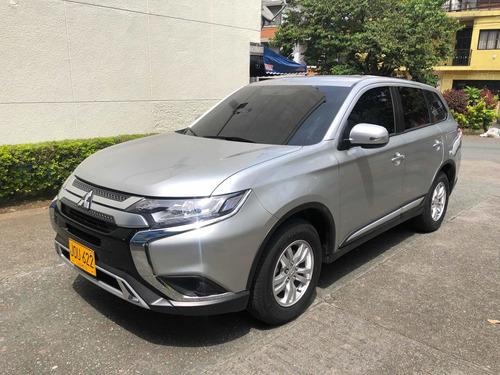 Mitsubishi Outlander Lx, Modelo: 2022 - 530km, 7 Puestos,4x4