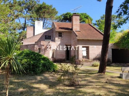 Venta Casa 5 Dormitorios, Pinares, Punta Del Este