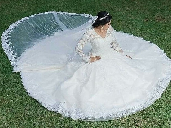Vestido Noiva Princesa Modelo Fernando Peixoto Cor Off White