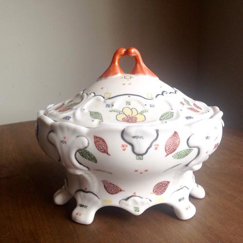 Imagem 1 de 5 de Bomboniere/pote De Porcelana - Pintado À Mão