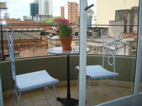 Tres Ambientes Con Balcón Al Frente En La Mejor Ubicación