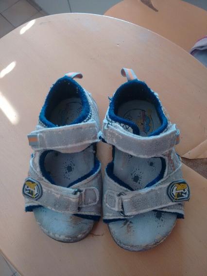Sandalias Para Niño Talla 22.