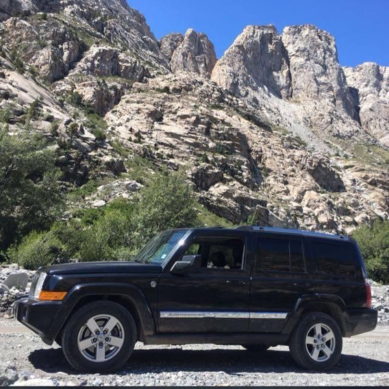 Jeep Commander Limited 4.7 V8