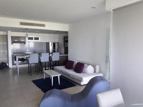 Imagen 1 de 16 de Departamento - Cancún Centro