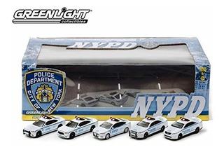 Greenlight Collectibles Nypd Diorama 5 Die-cast Car (escala