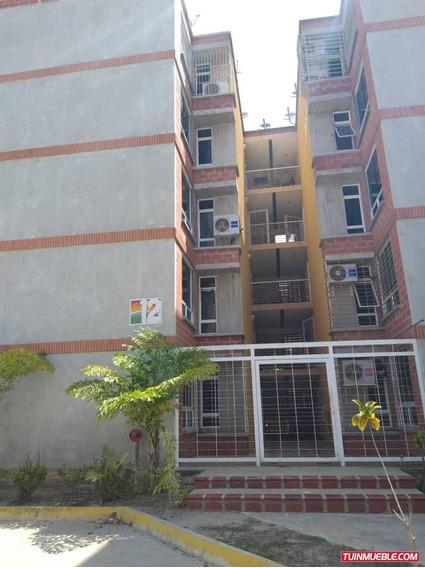 C R. 04143381710 Apartamentos En Venta