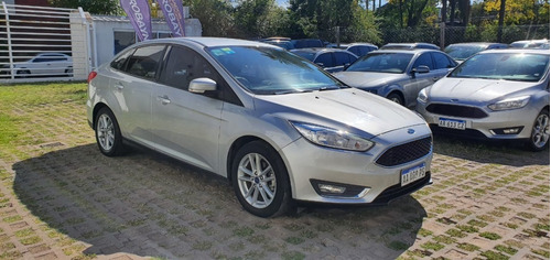 Ford Focus Sedan Se 2.0