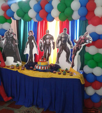 Mesas De Fantasia Avengers Spiderman Otros...