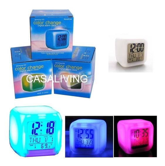Reloj Cubo Led Despertador Digital Cambia Color Temperatura