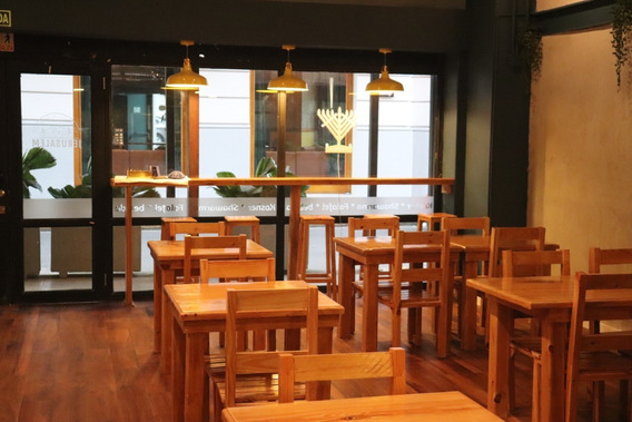 Se Traspasa Restaurante Todo Nuevo En Casco Viejo