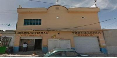 Casa En Zona Comercial Cerca Del Mercado Paraíso