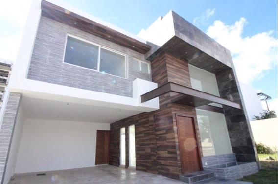 Al Costo Se Vende Casa En La Loma (lomas De Angelópolis)