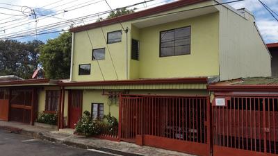 Apartemento Con 2 Cuartos, Sala, Cocina, Baño Y Lavanderia