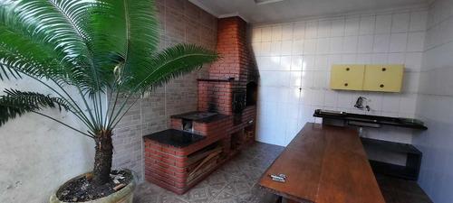Casa Com 2 Dormitórios  Entrada + Parcelas Ama172