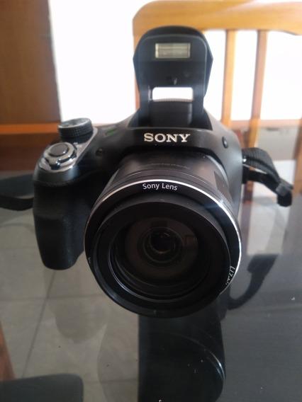 Câmera Sony H400
