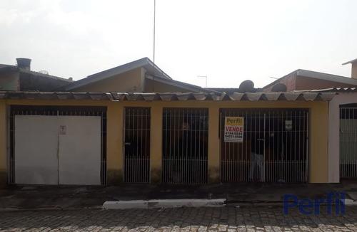 Casas - 3 Dormitórios             - 1397