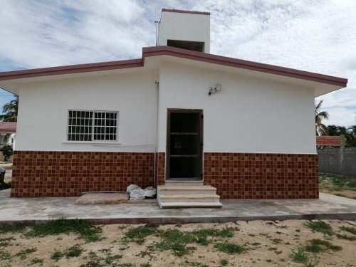 Bonita Casa En Venta En Chicxulub Puerto