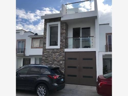 Casa Sola En Venta Fracc Valle Real