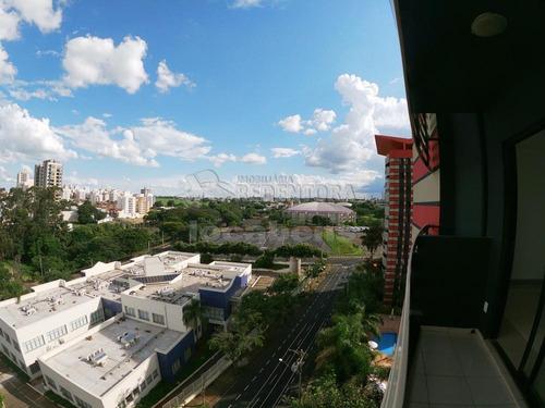 Apartamentos - Ref: L8093