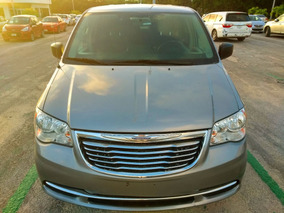 Chrysler Town & Country 3.6 Li Mt 2016 Plata En Querétaro