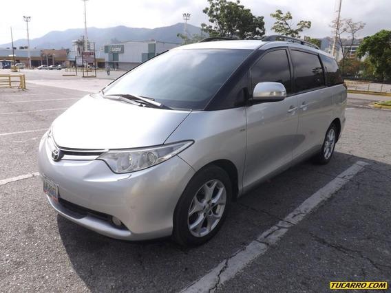 Toyota Previa .