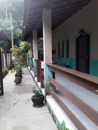Casa Chácara Área:1500m2, 2 Quartos, 2 Wcs Varanda Em L