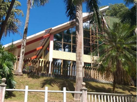 Casa Tipo Chalet En Colinas De Guataparo. Wc