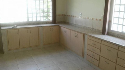 Casa Para Venda Em Porto Real, Nova Colônia, 1 Dormitório, 2 Suítes, 2 Banheiros, 2 Vagas - 0396