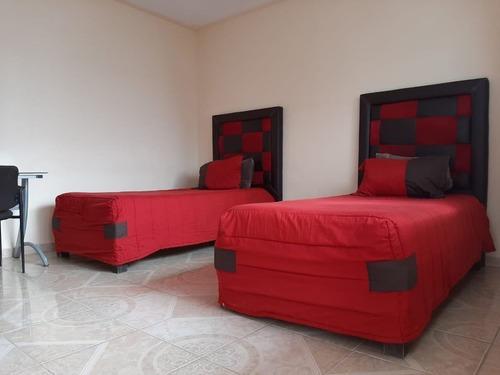 Habitaciones En Renta Amuebladas Con Servicios Incluidos A 7 Min Del Centro, Qro
