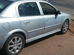 Chevrolet Astra Sedan Advantage 2.0 2010/2011